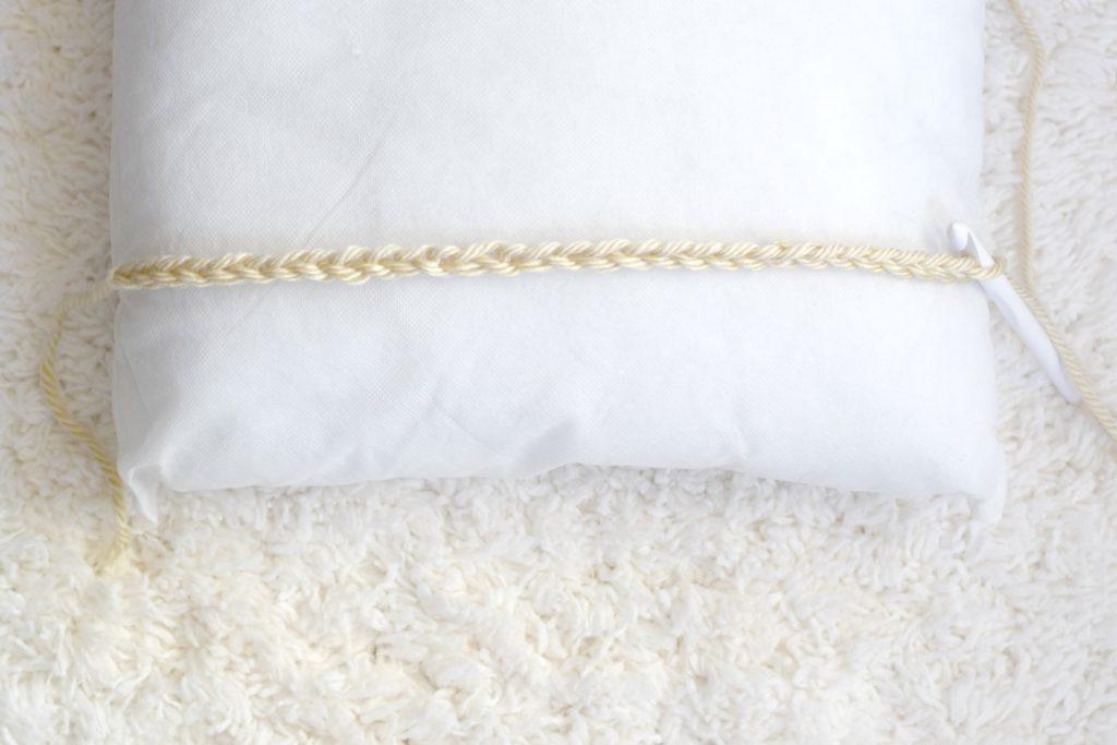 вязание интерьерной подушки